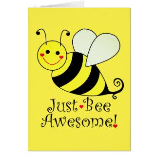 Juste le jaune mignon impressionnant d'abeille carte de vœux