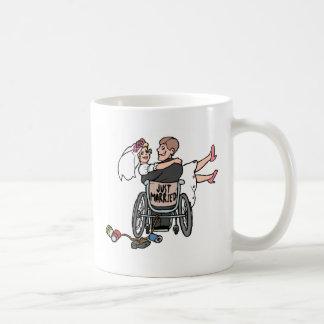 Juste marié (fauteuil roulant) mug