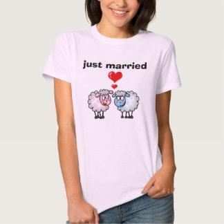 juste marié (moutons de mariage) t-shirts