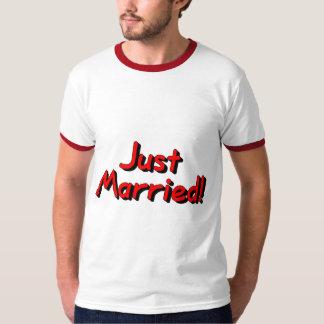 Juste marié (rouge) t-shirt