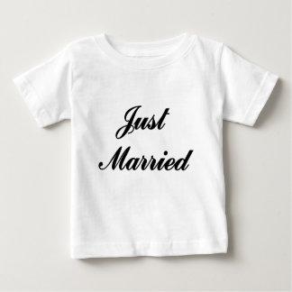 Juste marié t-shirt pour bébé