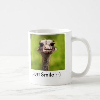 Juste sourire : -) mug