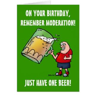 Juste une carte d'anniversaire drôle de bière