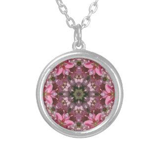 Kaléidoscope rose de fusion de lis pendentif rond