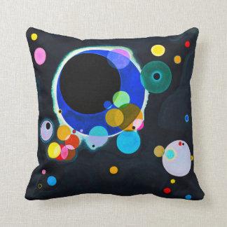 Kandinsky coussin de plusieurs cercles