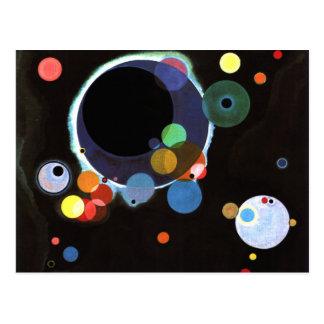 Kandinsky - plusieurs cercles carte postale