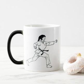 Karaté Womyn Mug Magic