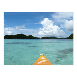 Kayaking dans le paradis cartes postales