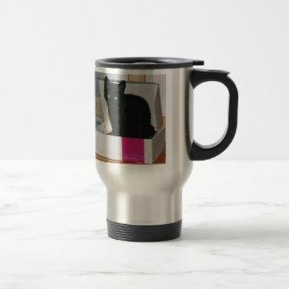 Kitty dans la boîte (couleur) mug de voyage en acier inoxydable