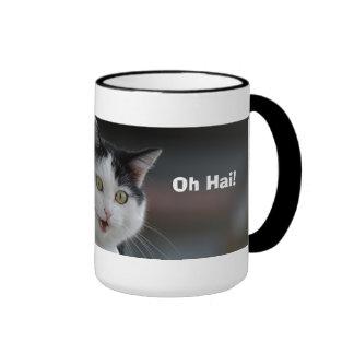 Kitty indique bonjour mug ringer