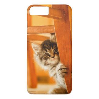 Kitty tenant la jambe de chaise coque iPhone 7 plus