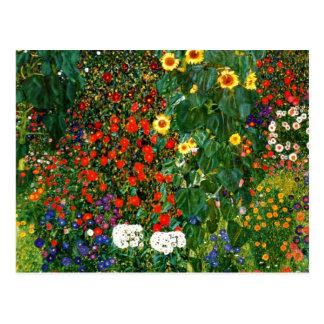 Klimt - jardin de ferme avec des tournesols carte postale