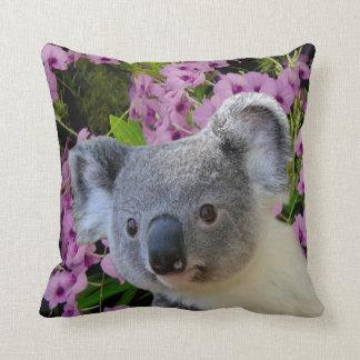 Koala et orchidées coussin