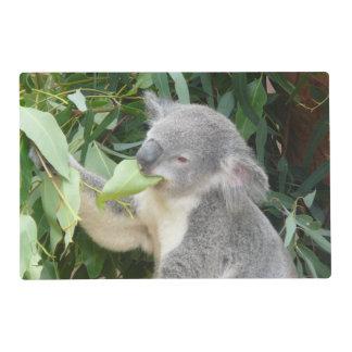 Koala mangeant la feuille de gomme set de table stratifié