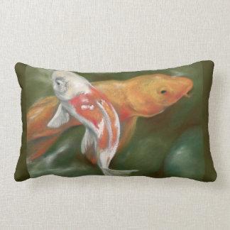 Koi orange et blanc avec l'art moussu de pastel de coussin rectangle