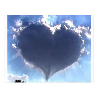 L amour est dans le ciel Nuage en forme de coeur Cartes Postales