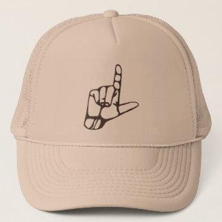 L casquette de main de perdant
