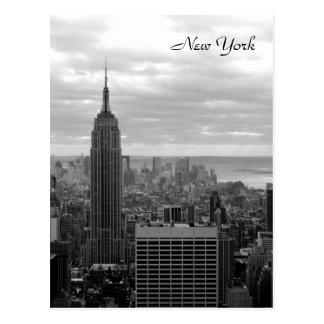 L Empire State Building noir et blanc Carte Postale