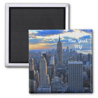 L horizon de la fin de l après-midi NYC comme couc Aimant