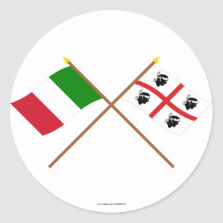 L Italie et les drapeaux croisés par Sardegna Autocollants Ronds