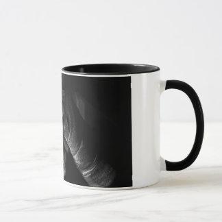 La bande de boxe enveloppent le noir tasse de