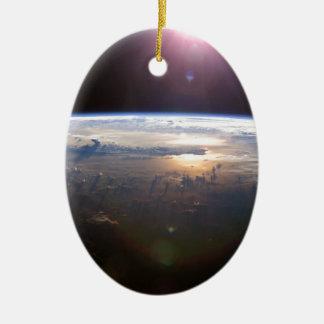La belle terre Yuri Gagarin Ornement Ovale En Céramique