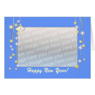 La bonne année tient le premier rôle le bleu (le carte de vœux