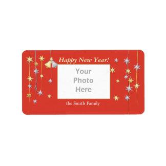 La bonne année tient le premier rôle le rouge étiquette d'adresse