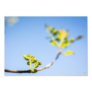 La branche d'un arbre avec la première floraison carton d'invitation  12,7 cm x 17,78 cm