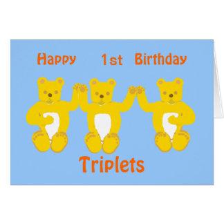 La carte d'anniversaire de triplets, ajoutent