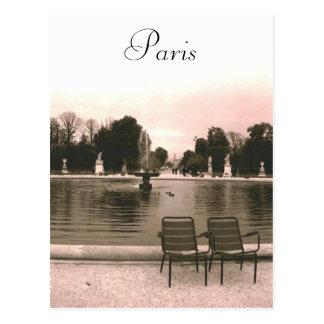 La carte postale de fontaine de Louvre