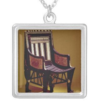 La chaise de l'enfant, de la tombe de Tutankhamun Pendentif Carré