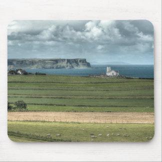 La chaussée côtière d'Antrim du comté, Irlande du Tapis De Souris