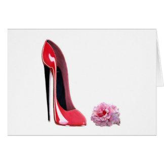 La chaussure stylet rouge et s'est levée cartes de vœux