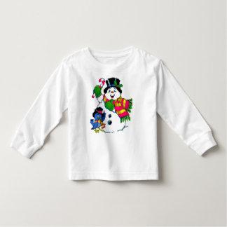 La chemise de l'enfant gai de bonhomme de neige de t-shirt pour les tous petits