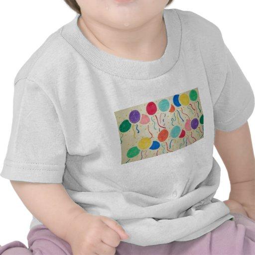 La chemise du bébé de ballons et de flammes t-shirts