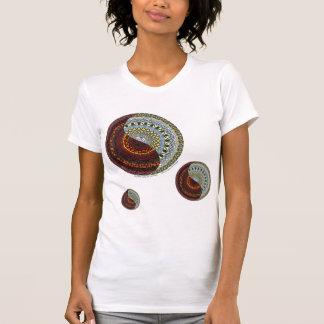 La chemise légère des femmes de ciel et d'enfer t-shirts