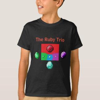 La chemise rouge de fonctionnaire de trio t-shirt