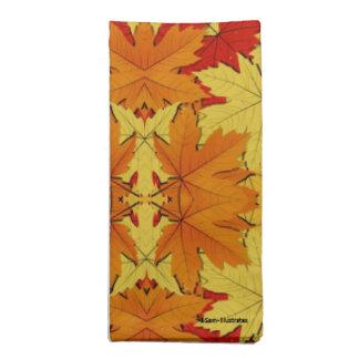 La chute laisse à automne les serviettes orientées