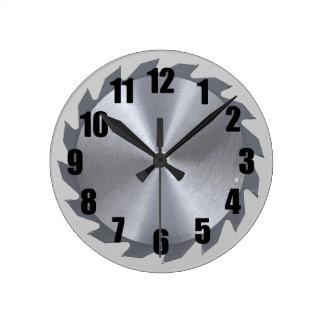 La circulaire scie l'horloge murale de lame horloge ronde