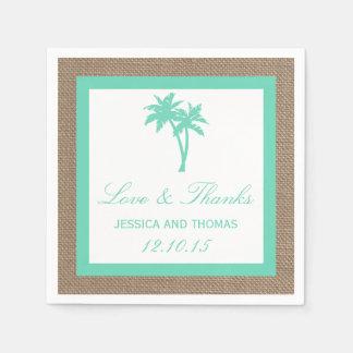 La collection tropicale de mariage de plage de serviettes jetables
