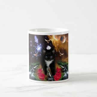 La conscience universelle est Kitty féroce Mug Magic
