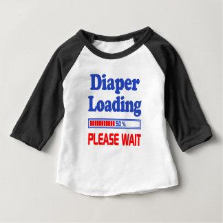 la couche-culotte chargeant svp attendent t-shirt pour bébé