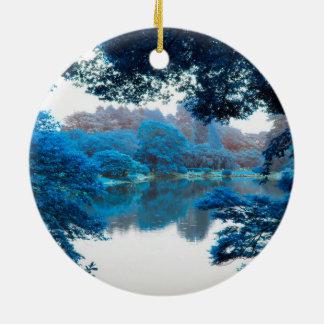 La couleur bleue a effectué la nature fraîche et ornement rond en céramique