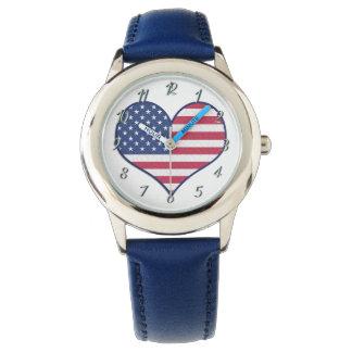 La coutume badine la montre bleue d'amoureux par