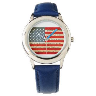 La coutume badine la montre bleue de drapeau