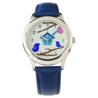 La coutume badine la montre de Blue1 de Chambre