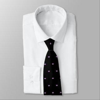 La cravate des hommes roses de couronne de Mlle
