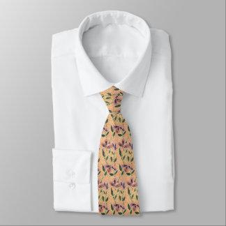 La cravate en soie, le mauve et la pêche des
