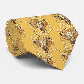 La cravate tribale des hommes de crâne de vache au